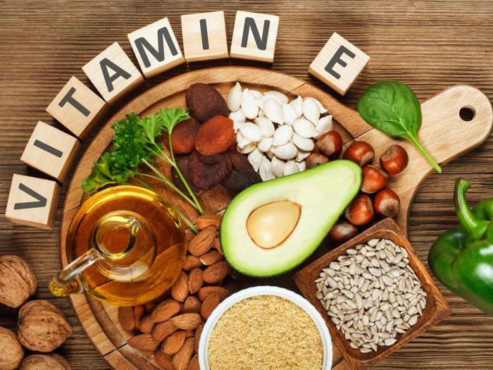 کمبود کدام ویتامین باعث ریزش مو میشود